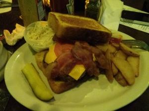 texas-toast-burger