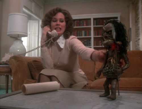 Trilogy-of-Terror-1975-Karen-Black-pic-8